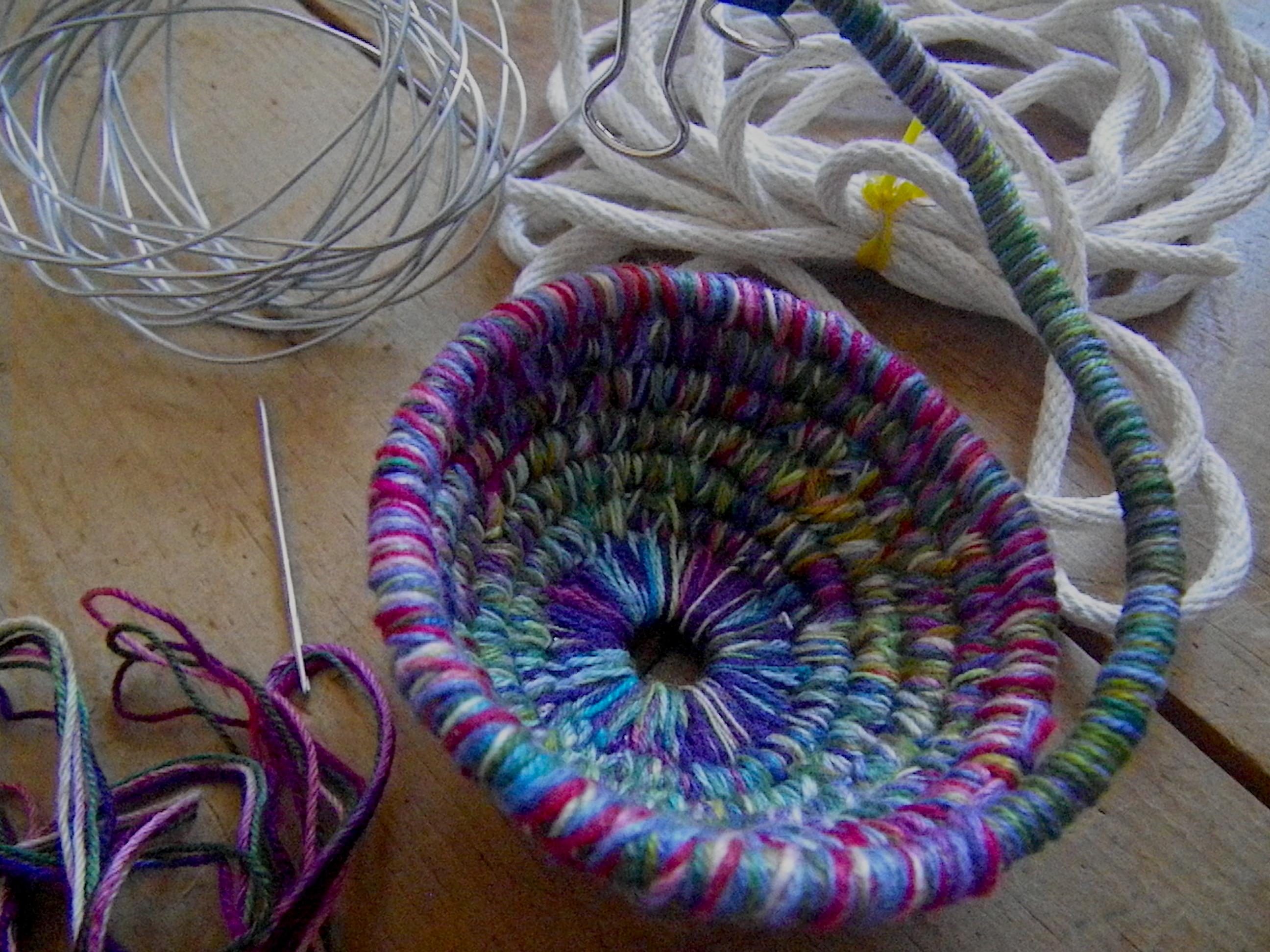 basket and needle_1